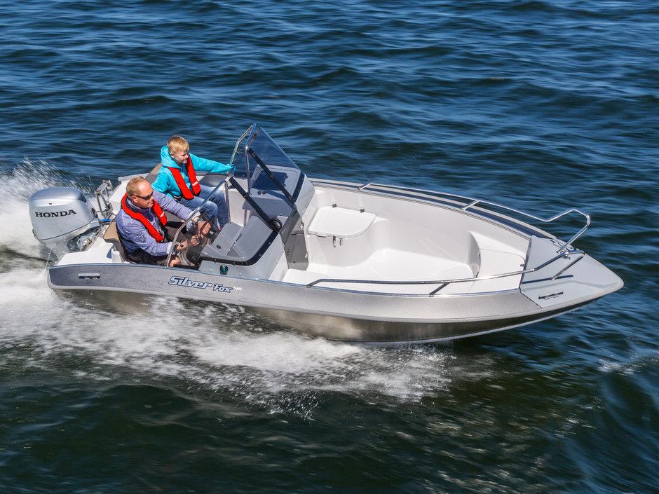 silver fox лодка