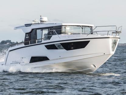 Яхта Aquador 35 AQ