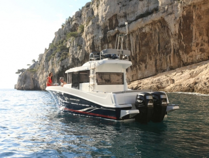 Катер Beneteau Barracuda 9