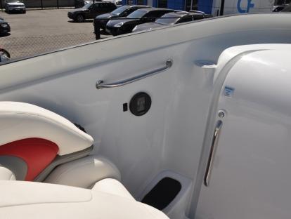 Продам яхту Baja 38 Special