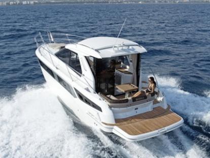 Яхта Bavaria Sport 360 Coupe