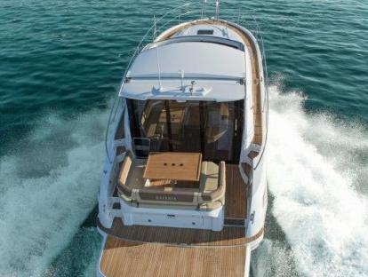 Яхта Bavaria Sport 400 Coupe
