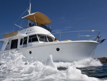 Яхта Beneteau Swift Trawler 34