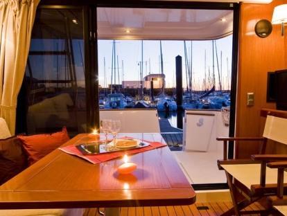 Яхта Beneteau Swift Trawler 34S,купить яхту,продам яхту