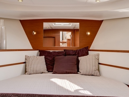 Яхта Beneteau Swift Trawler 44