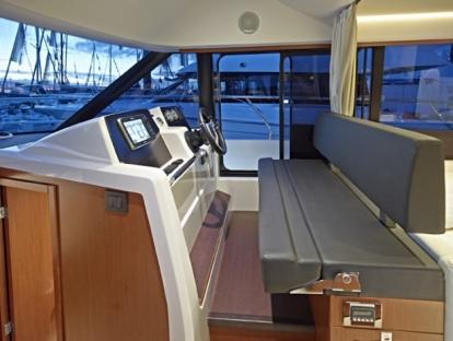 Яхта Jeanneau Velasco 37F