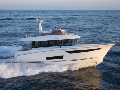 Яхта Jeanneau Velasco 43
