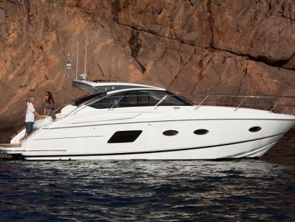 Яхта Princess V39