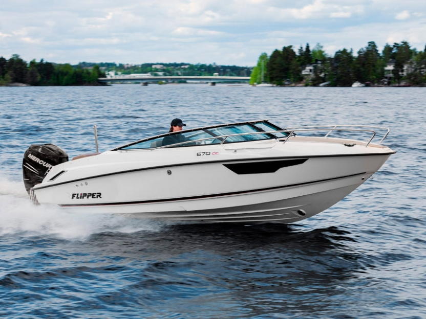 Катер Flipper 670 DC