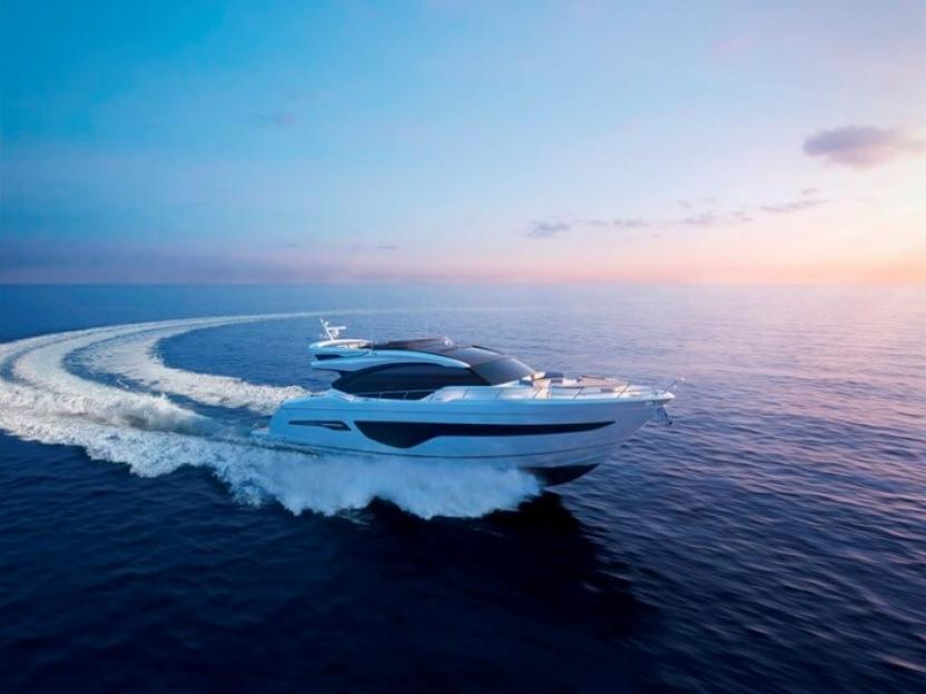 Яхта Princess S78