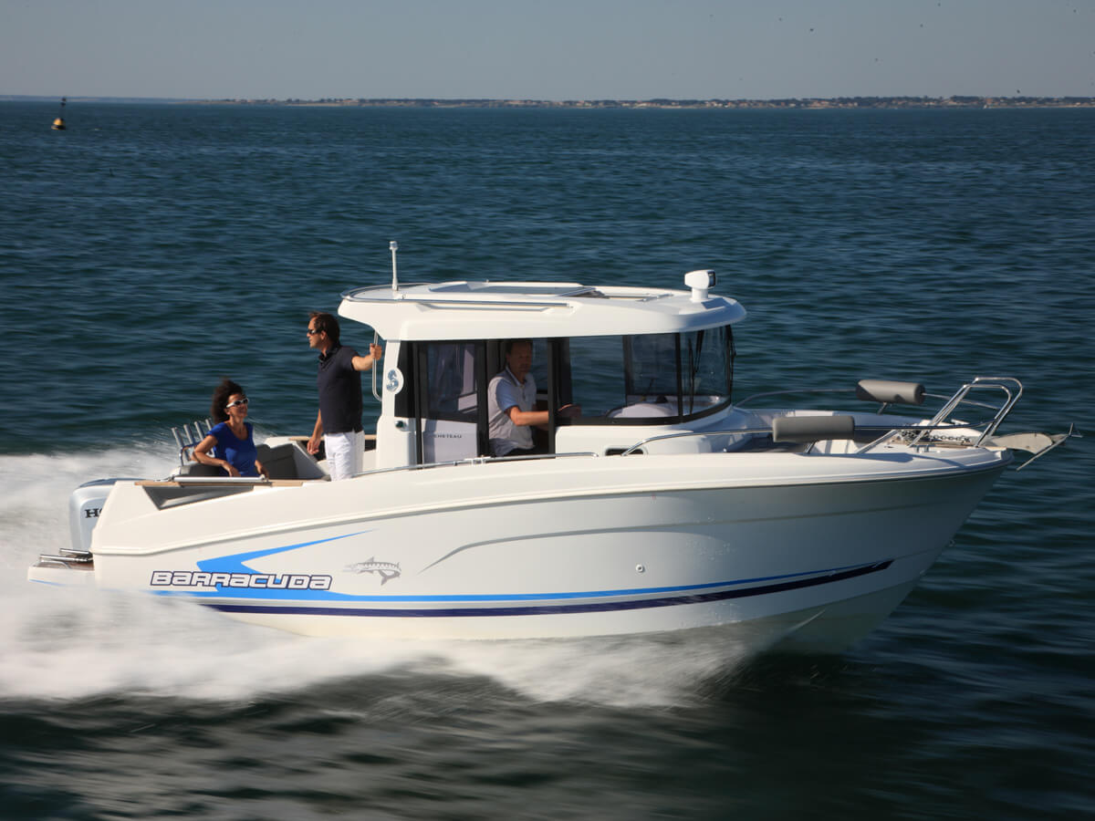 Катер Beneteau Barracuda 7