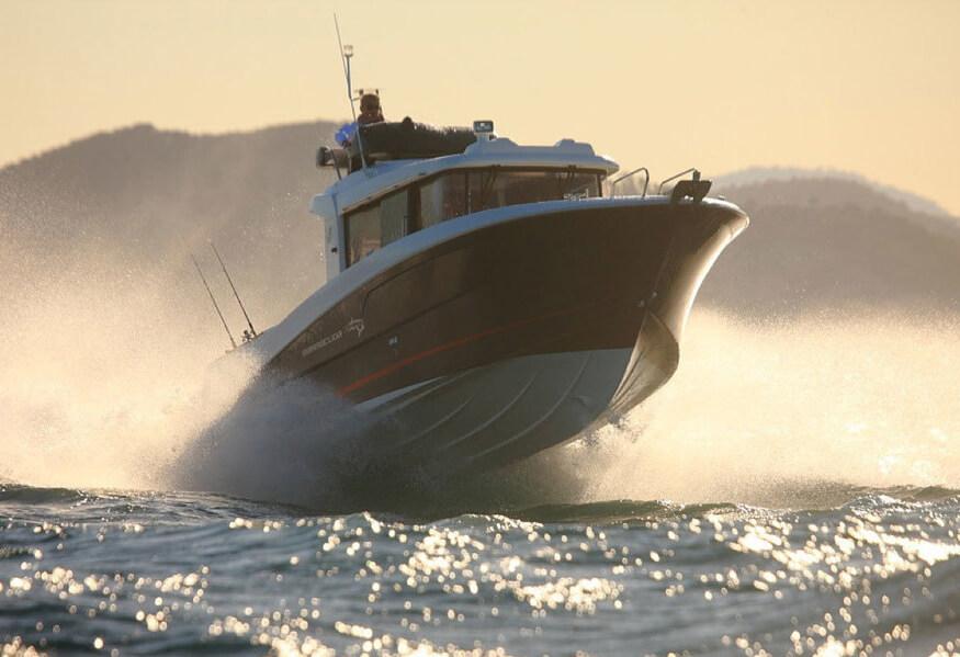 Катер Beneteau Barracuda 9