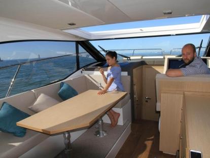 Яхта Parker  Monaco 110