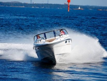 Катер Yamarin 80 Day Cruiser - скорость хода
