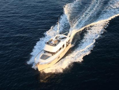 Яхта Beneteau Swift Trawler 44