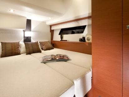 Яхта Prestige 500S