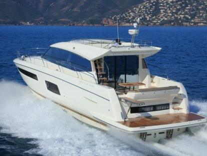 Яхта Prestige 550 S