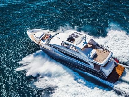 Яхта Princess 88 MY