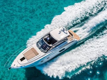 Яхта Princess V48