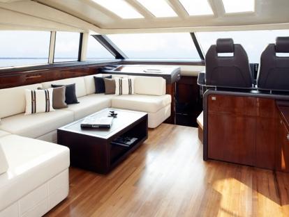Яхта Princess V62-S