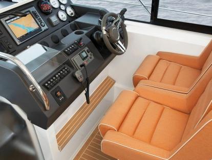 Яхта Sealine S450