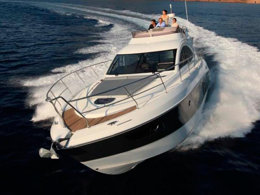 Яхта Beneteau Gran Turismo 49 FLY