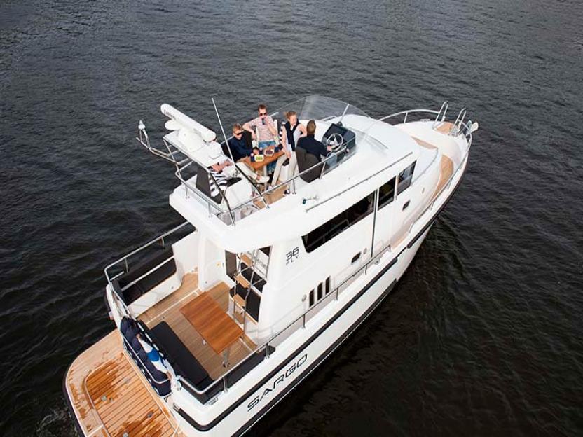 Яхта Sargo 36 Fly