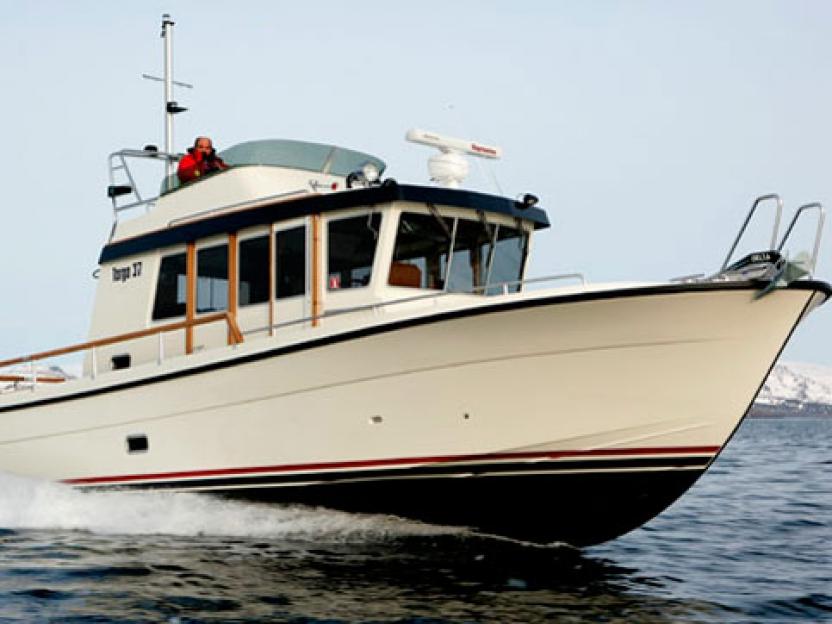 Яхта Targa 37