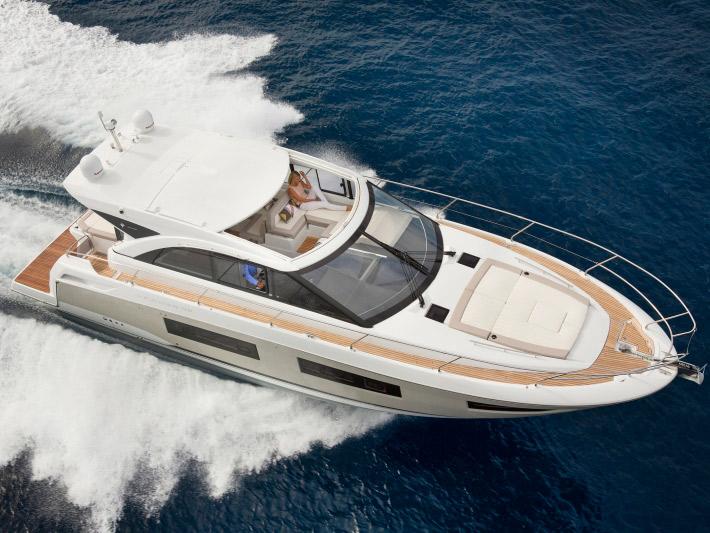 Яхта Jeanneau Leader 46